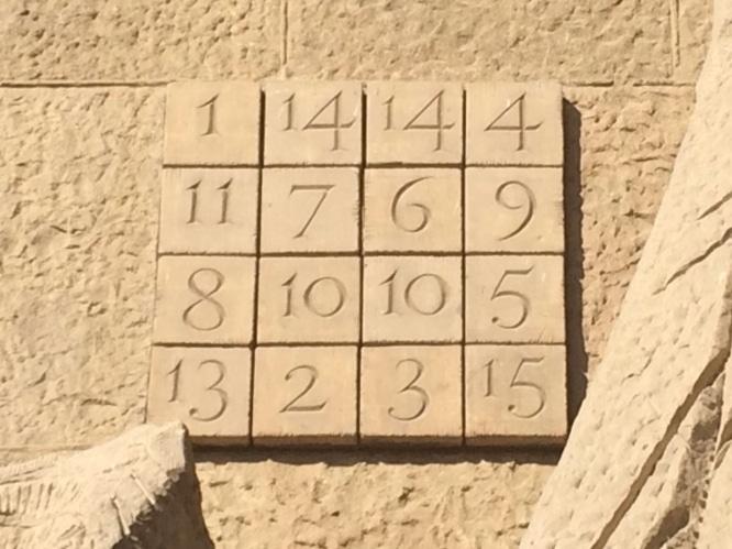 Magiczny kwadrat w Sagrada Familia