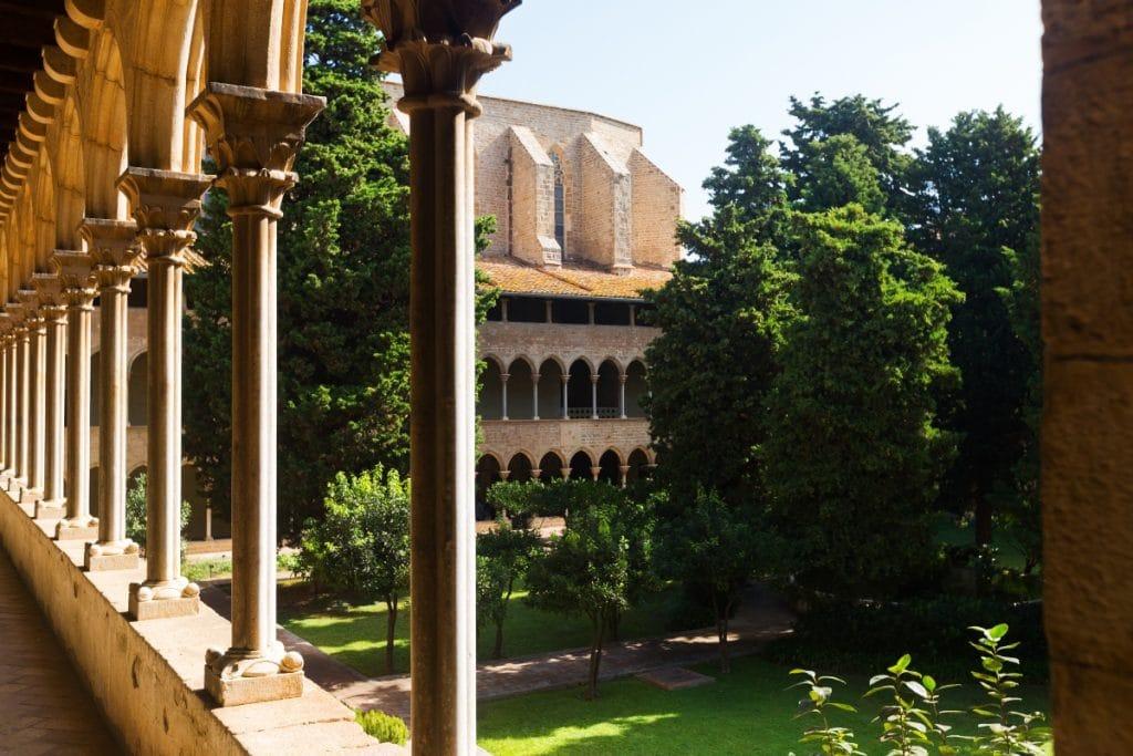 La cisterna de 500 años que se esconde en el monasterio de Pedralbes