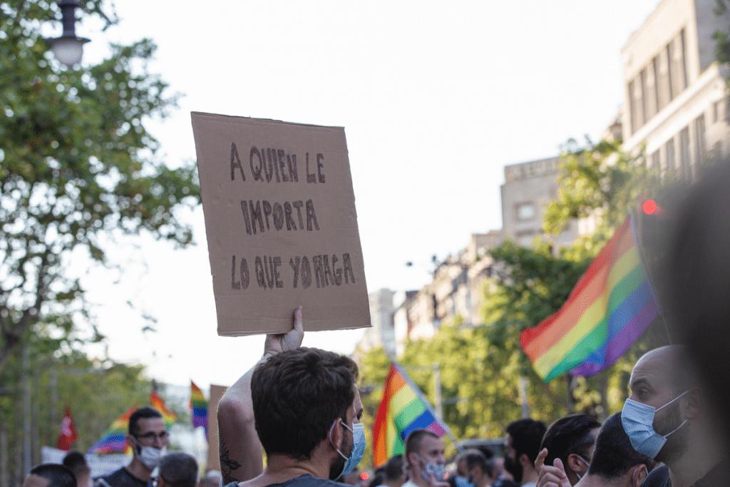 gay homofobia orgulo manifestación