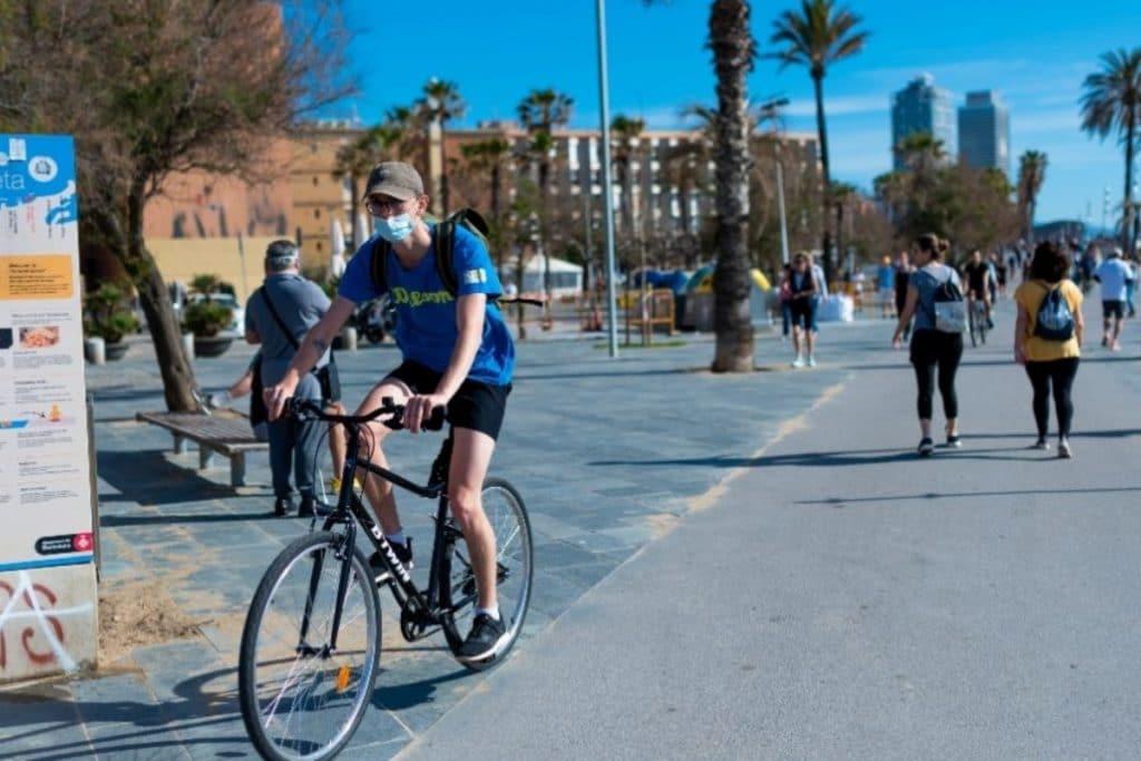 Más de 32 kilómetros de carril bici se crearán en Barcelona